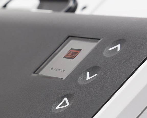 Anwenderfreundliches, intuitives Bedienfeld der Kodak Alaris S2000 Scanner-Serie